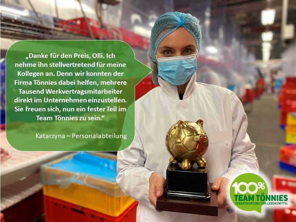 """Tönnies-Mitarbeiter bedanken sich bei Oliver Pocher für """"Goldenes Schwein"""""""