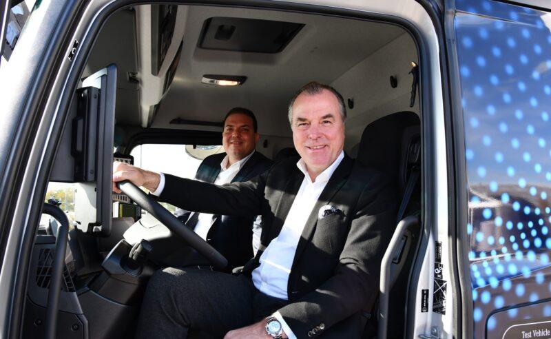 Erster E-Lkw von Daimler bei Tönnies im Einsatz